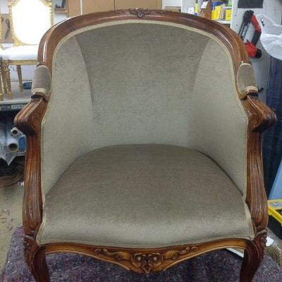 "Photo of project ""Classic Armchair Reupholstery 4"" #1"