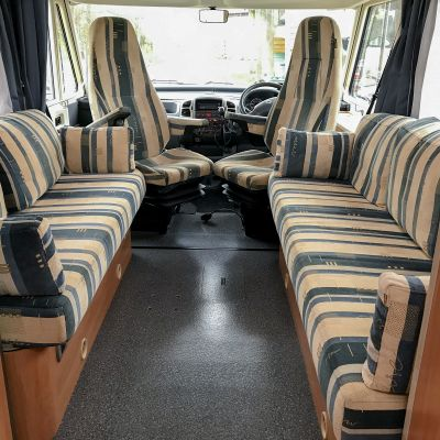"Photo of project ""Hymer B584 New half leather upholstery"" #16"