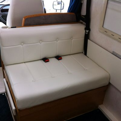"Photo of project ""Hymer white leather upholstery"" #5"