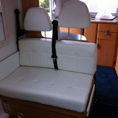 "Photo of project ""Hymer white leather upholstery"" #4"